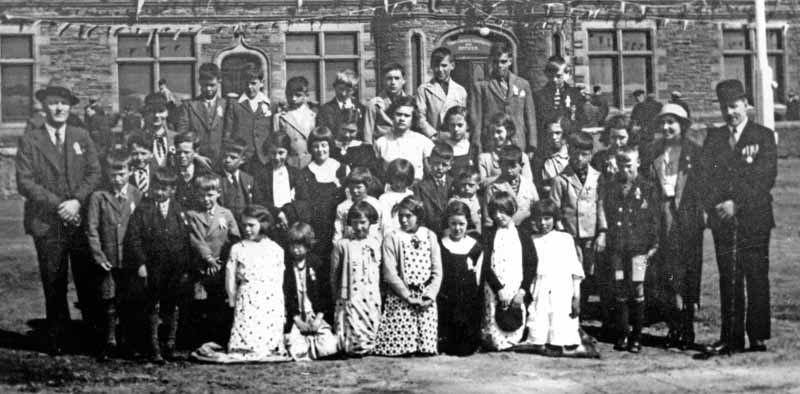 Kershader School at Coronation in 1937