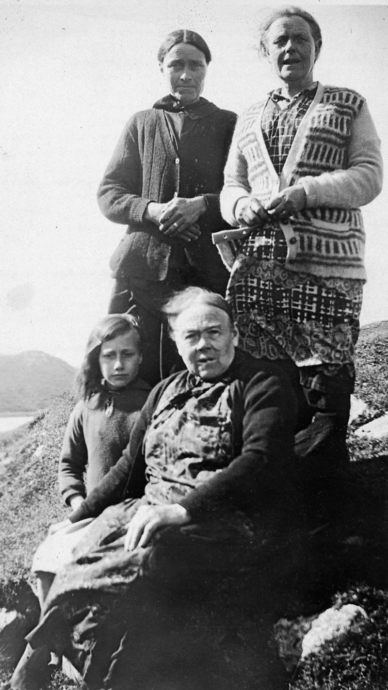 Andrew Matheson 15Gr with Ishbel and Marybelle Matheson and Andrew and Kenneth Hacphail